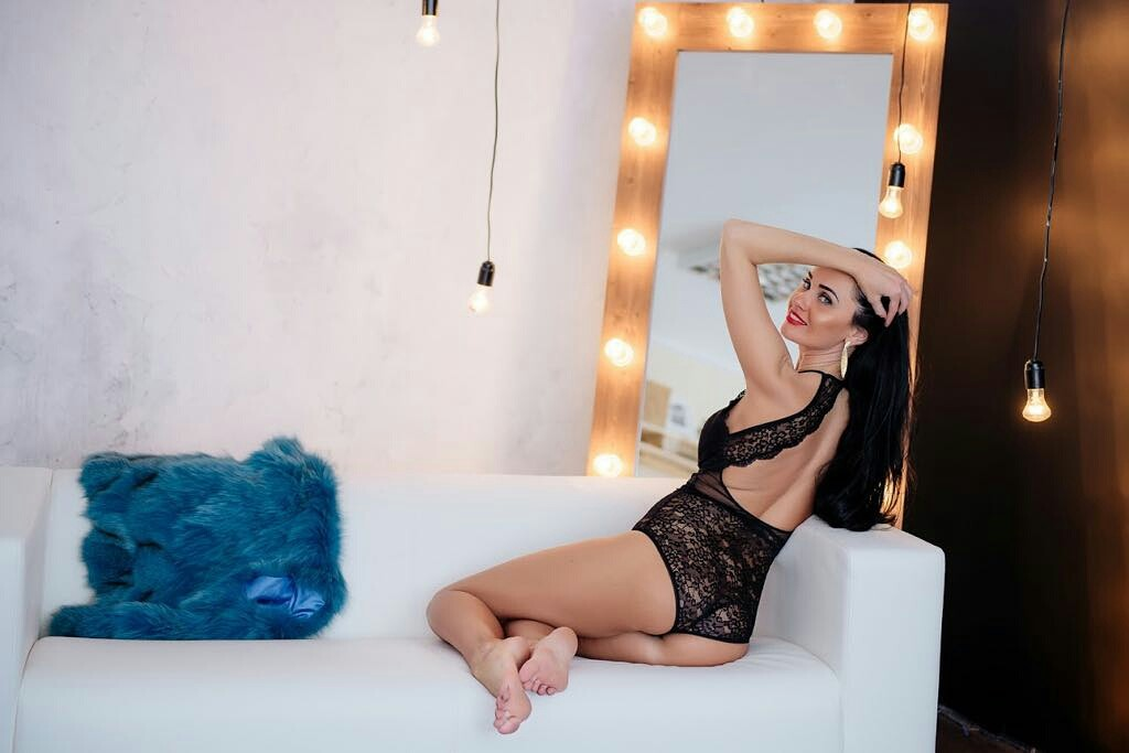 VALENTINA, Istanbul escort, Outcall Istanbul Escort Service